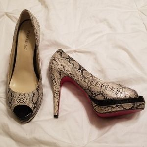 🔥Red Bottom Snakeskin Heels